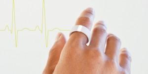 Pulse il gioiello che rileva il battito cardiaco