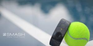 Smash un braccialetto per monitorare e migliorare le prestazioni nel tennis