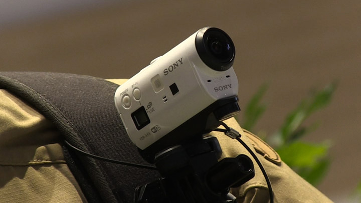 sony-action-cam-spalla