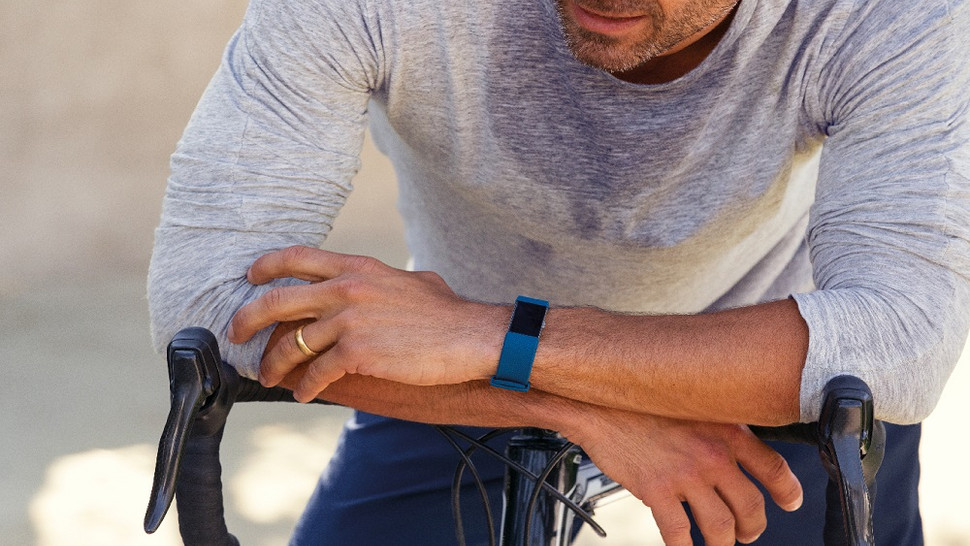 fitbit-charge-2_bike