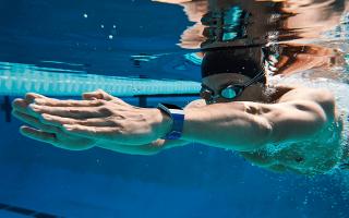 I migliori fitness tracker per il nuoto | 2018
